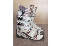Ski Boots - Nordica - Ladies - Size 5 (38) 295mm