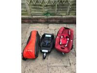 Two stage pram and car quick release
