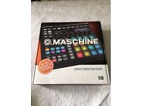 Native Instrument machine Mk2 (black) Studio with Decksaver cover