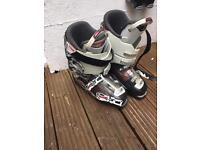 Ski boots- nordica speed machine 10 (fits size 9)