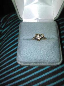 10kt gold promise ring