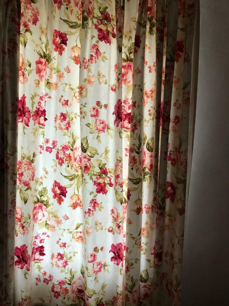 Bespoke Matching Headboard Bed Spread Curtains