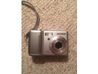 Samsung D75 digital camera