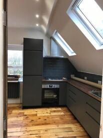 Newly refurbished one bedroom top floor flat in Easton
