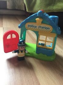 Happyland police station and 2 police men