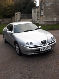 Beautiful silver Alfa Romeo GTV (2004) * Great condition * Low mileage * New MOT * £2.999 ONO