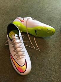 Nike Mercurial Superfly 4 - White/Pink/Yellow - size 4