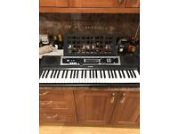 61 key keyboard, hundreds of instruments excellent condition