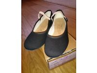 Ballet character shoes size 13