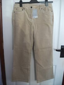 Dorothy Perkins Petite Stretch Corduroy Ladies Trousers Size 12 NEW WITH TAGS