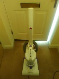 Hoover SM1901 vacuum cleaner in great condition