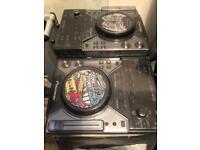 Pioneer cdj 400 x2 & flight case + deck savers