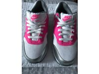 Brand New Ladies Nike Air Max Trainers, UK Size 5.5