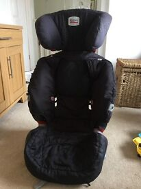 Britax car seat for sale. Great condition.