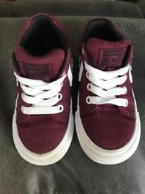 Infant Converse shoes size 7