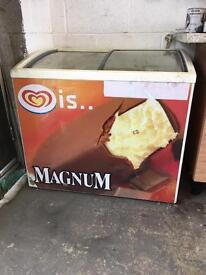 Walls Freezer ice cream lolly pop, good working order