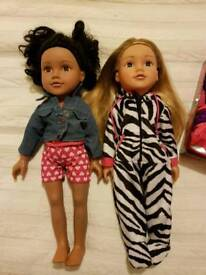Design a friend dolls and clothes
