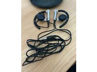 Bang & Olufsen Earphones A8 (black) + case