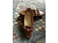 Clarks womens loafers size 5