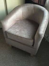 Gorgeous velvet finish bucket chair in immaculate condition