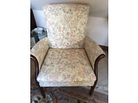 Lovely Parker Knoll 3 piece suite from their Froxfield range.