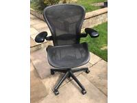 Herman miller aeron size B black and carbon
