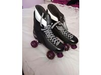 Roller boots ( ladies) size 6