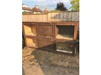 Rabbit hutch / chicken coop