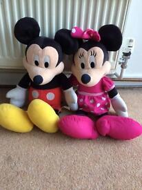 Talking Mickey and Minnie Mouse