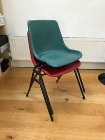 2 x Simple plastic chairs