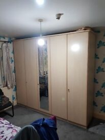 Top quality 5 Door Mirrored Wardrobe 250cm Wide Large Cream Colour Hard Solid Wood