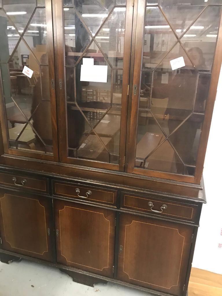 Vintage 3 drawer 3 door freestanding dresser