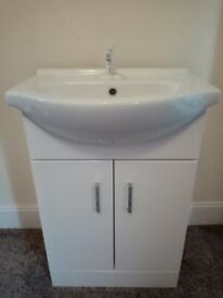 Portable Sink - No Plumbing Needed!