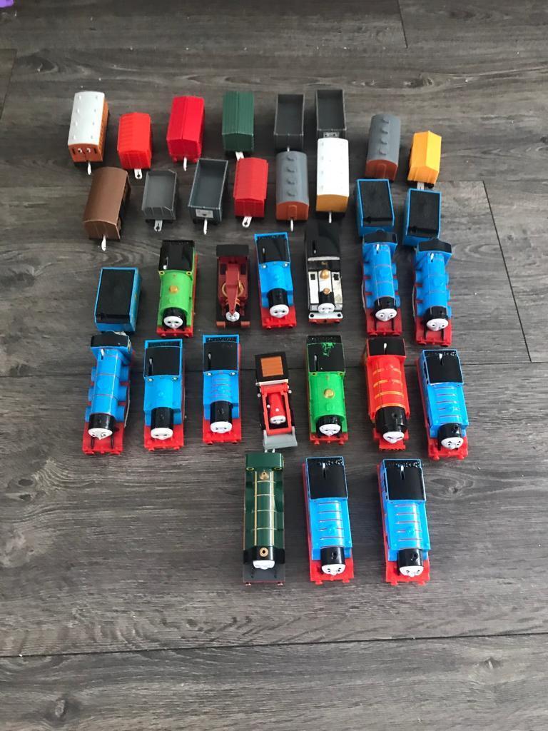 Thomas the tank trackmaster trains