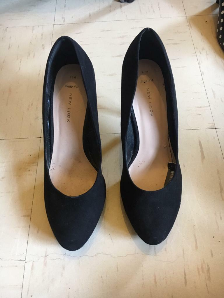 NEWLOOK black high court heels 7 wide fit NEW river