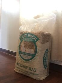 Pet Meadow Hay 6-7kg Bale of High Quality Meadow Hay for Rabbits and other pets