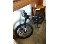 Saracen Instinct Mountain Bike