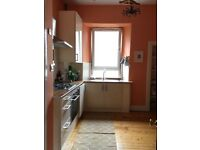 Spacious one bedroom flat - available early Sept