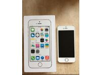 iPhone 5s 16gb mobile phone in box Gold