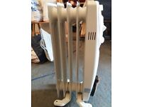 800W Portable Compact oil filled radiator Heater Quiet Electric Silent small
