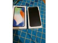 IPHONE X SILVER 64 GB UNLOCKED BRAND NEW WITH BOX AND COMPLETE ACCOSSERIES.