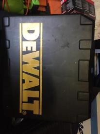 Dewalt dc988 type 12 / lithium version xrp hammer drill
