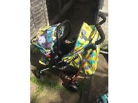 Cosatto to and fro travel system and car seat