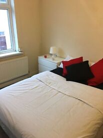 3 ROOMS TO RENT/ HOUSE SHARE - 10MINS from City centre