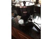 De Longhi Expresso coffee machine