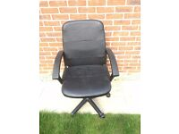Black leather office chair for sale in very good condition; delivery possible
