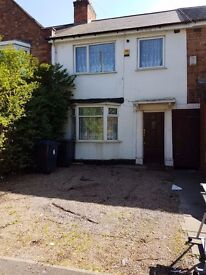 Erdington. House to rent immediately. 3 good sized bedrooms, double glazing, central heating,