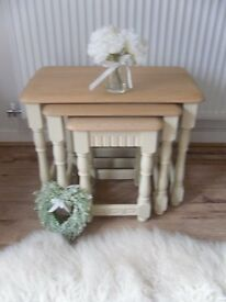 ** SOLID OAK NEST OF 3 TABLES – RESTORED IN SHABBY CHIC STYLE **