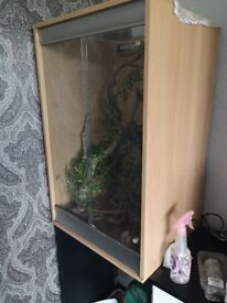 Vivarium and accessories