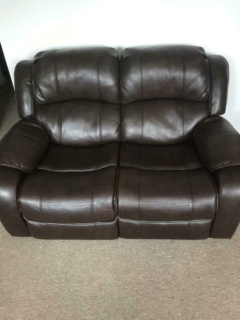 Cool 2 Seater Electric Leather Recliner Sofa In Exhall West Midlands Gumtree Inzonedesignstudio Interior Chair Design Inzonedesignstudiocom